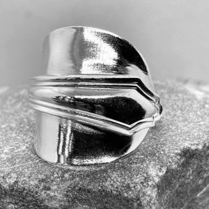 line edge spoon ring in sterling silver